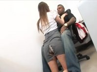 Horny office babes chatte a claqué dur